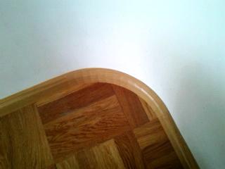 Плинтус по круглой стене